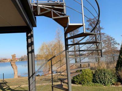 schody zestali, schody zewnętrzne stalowe, schody spiralne, kręcone, ocynkowane, malowane, metalowe, drewniane stopnie, nawymiar, schody doogrodu, Eko-Balinox Kościan, schody zewnętrzne stalowe Poznań, indywidualne schody